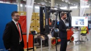 """Unter dem Motto """"Mensch + Logistik"""" hat die Kühne + Nagel (AG & Co.) KG das erste Mal zum Logistikforum eingeladen."""